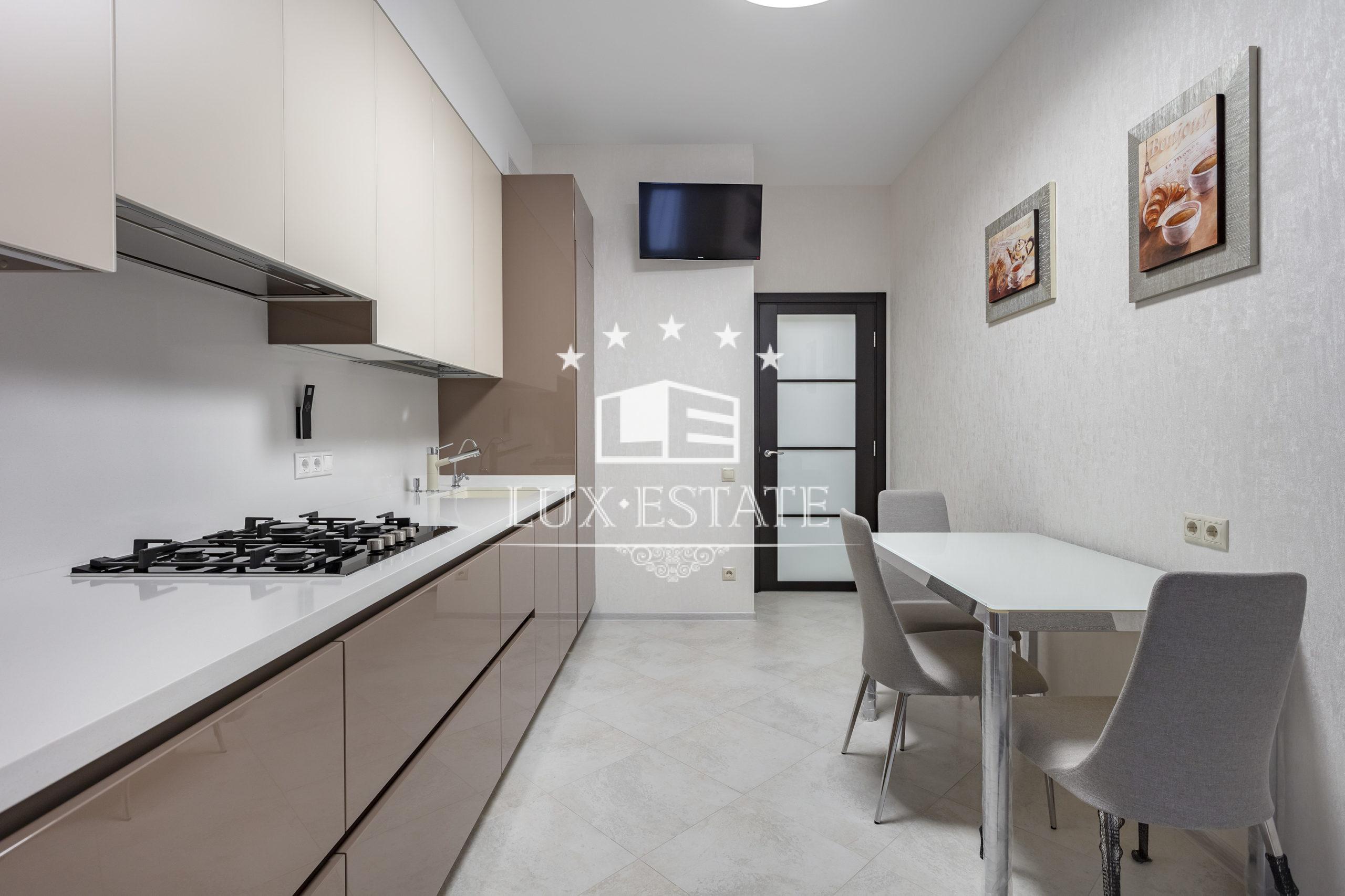 Однокомнатная квартира в элитном доме ул. Бакулина,33