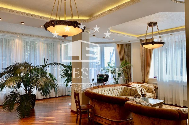 Продам дом в элитном районе г. Харькова
