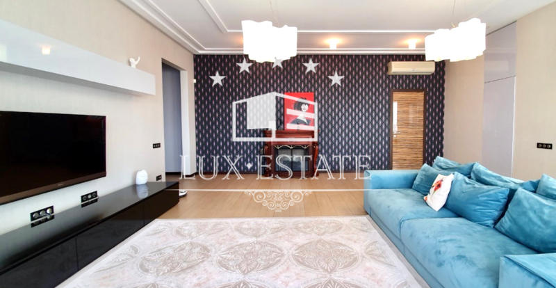 3-комнатная квартира в новострое на Ляпунова 16