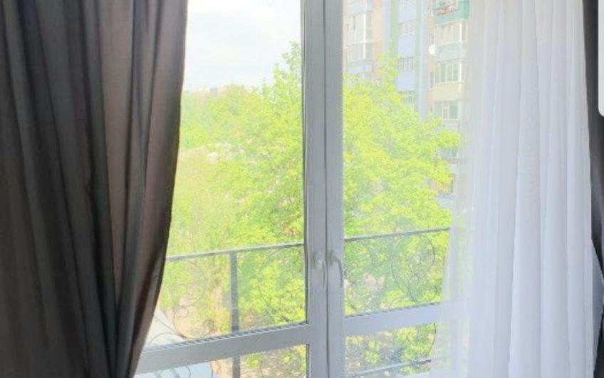 Продам квартиру 85кв.м ул. Студенческая, Центр