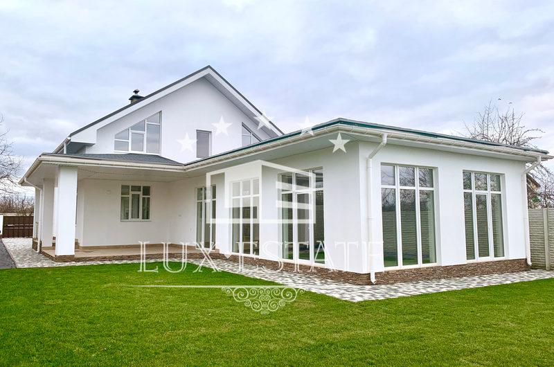 Новый качественный дом с ремонтом на поселке Кирова. Салтовка