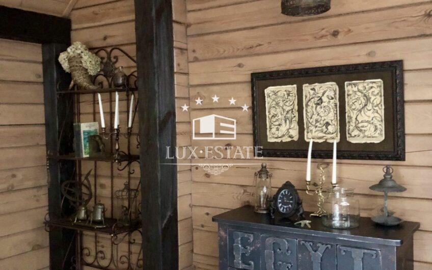Дом-сруб в элитном загородном поселке Старый Салтов  с.Бугаевка