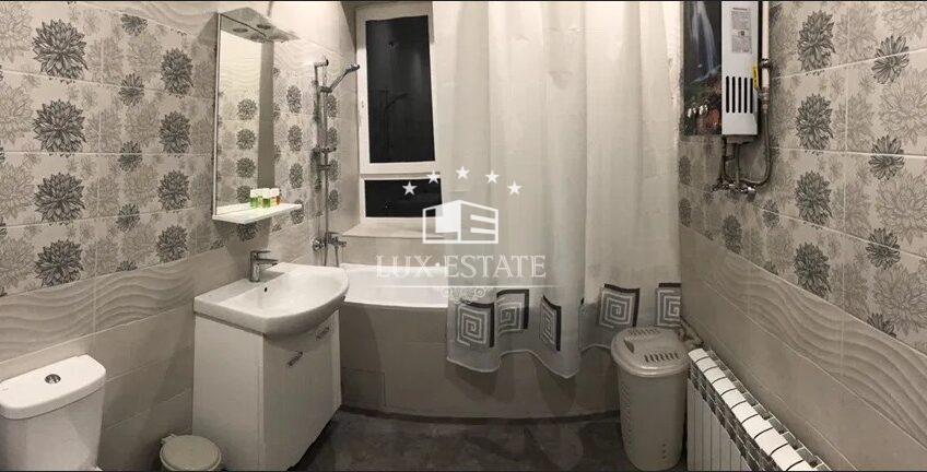 Сдам 3 комнатную квартиру в центре на Мироносицкой парк Горького