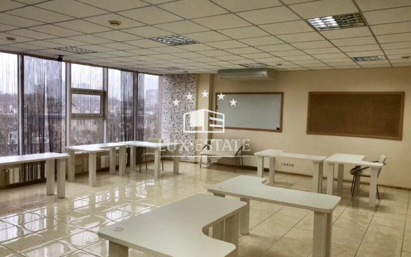 Сдам офисное помещение в БЦ «Солярис», м. Ботанический сад, Центр