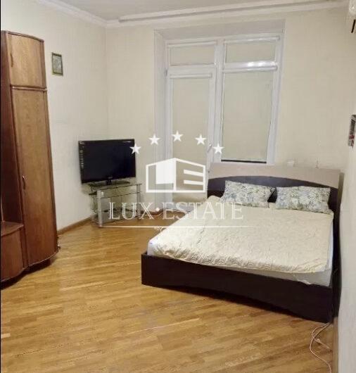 Сдам 5к двух уровненвую квартиру Архитектора Бекетова