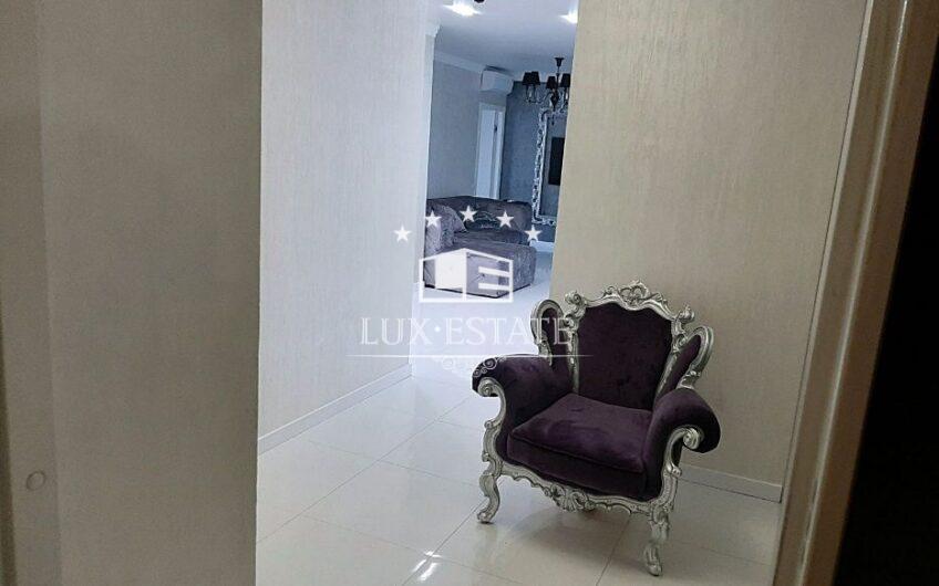 Продам 2-к. квартиру с диз. ремонтом, ЖК Искринский, площадь Восстания