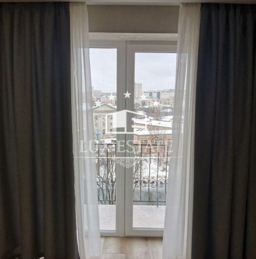 Сдам 2-к. квартиру с авторским ремонтом возле м.Гагарина.